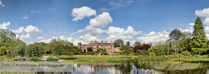 Hodsock Priory wedding photography : Charlotte and David's wedding at Hodsock Priory