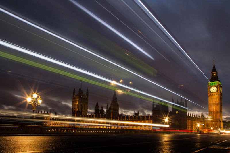 London night time photography - the houses of parliament at night