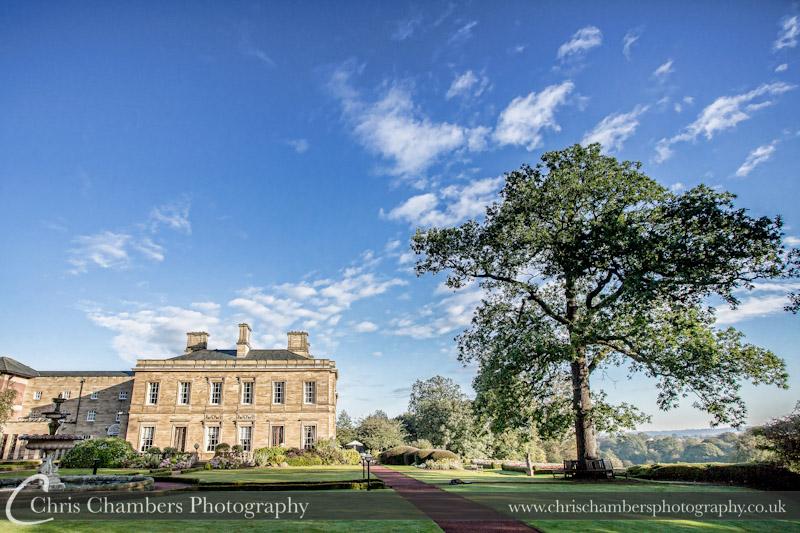 Oulton Hall weddings - Oulton Hall Leeds