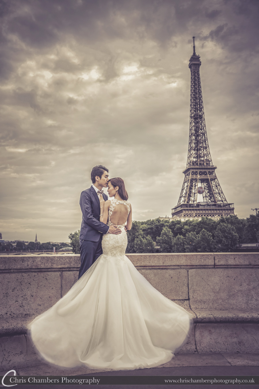 Paris wedding photography | Paris wedding photography | Eiffel Tower wedding photography | French wedding photography